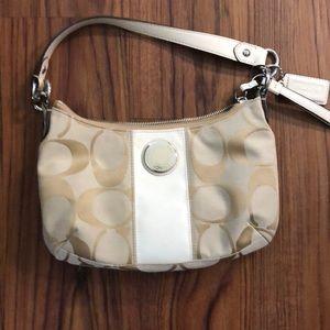 Coach shoulder purse no offers